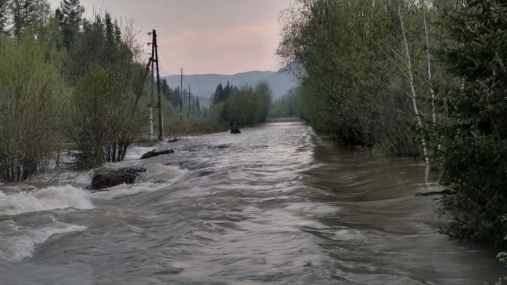 В четырех районах края ожидают вторую волну паводка