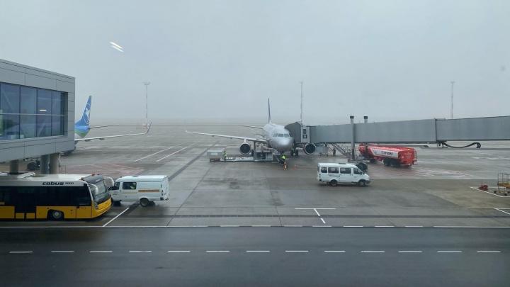 Из-за сильного тумана в Платове задержался вылет нескольких рейсов