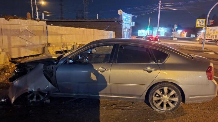 В Челябинске нашли водителя Infiniti, бросившего на месте ДТП сбитого пешехода
