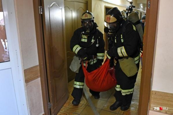 Пожарным пообещали увеличить зарплату, но без конкретики