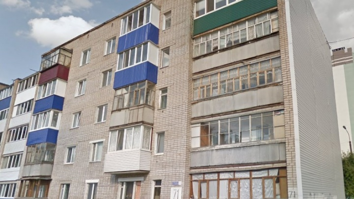 В Башкирии пожилой мужчина на самоизоляции выпал из окна