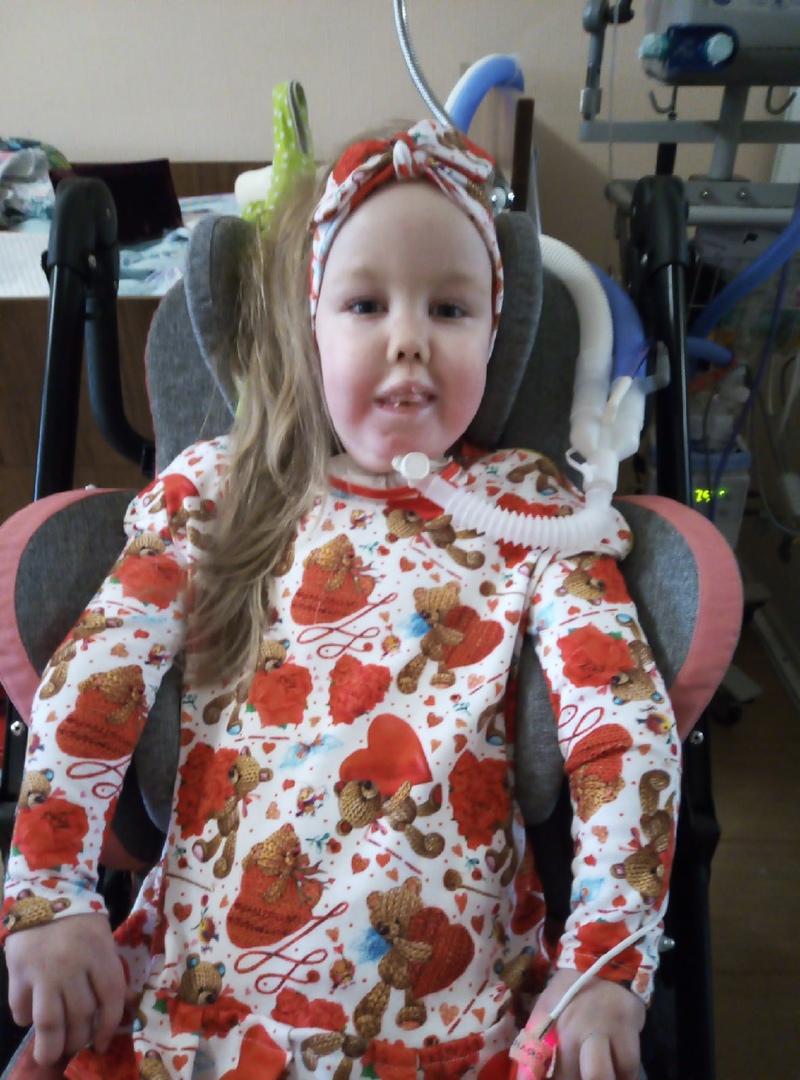 Василисе было 5 лет и 10 месяцев