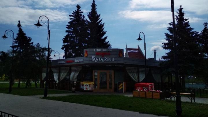 Владелец кафе «Syвлаки» проиграл второй суд о его сносе