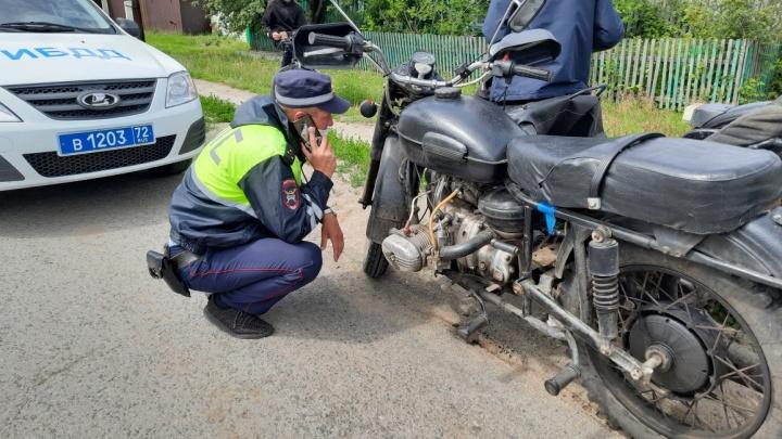 Юный байкер из тюменского села попался инспекторам полиции на собранном вручную мотоцикле