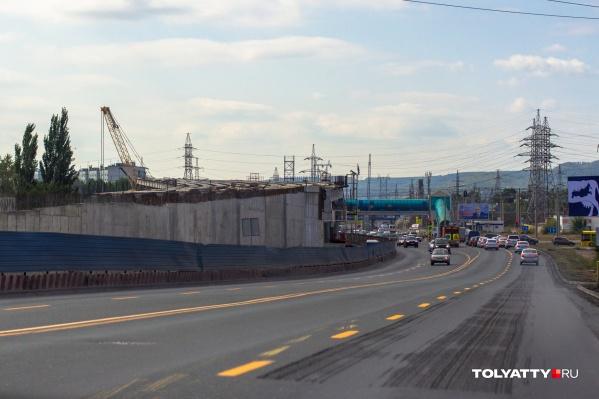 Тольяттинцы мечтают о том дне, когда строительство развязки закончится и пробок больше не будет