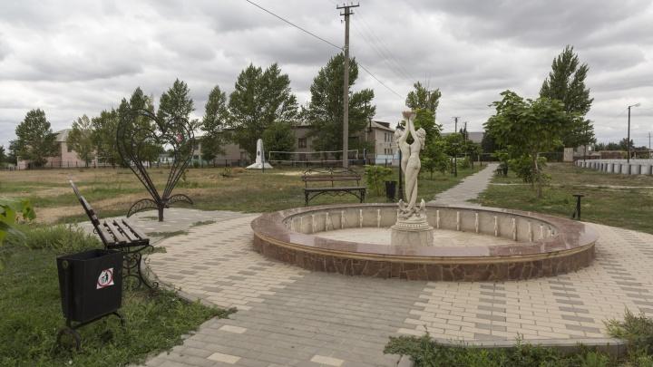 В Волгоградской области главу станицы подозревают в гибели школьницы в сельском фонтане