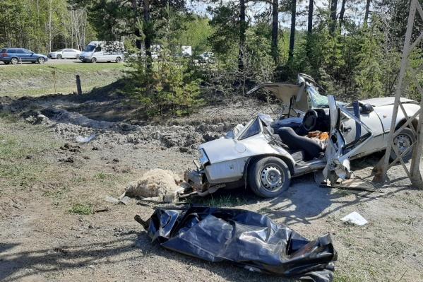 В результате аварии пострадали три человека, погиб 11-летний мальчик