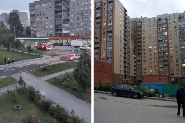 Огонь охватил квартиру на восьмом этаже