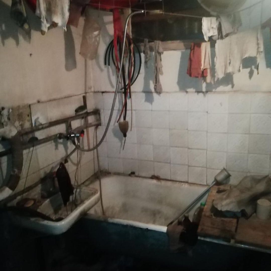 Из-за коммунального долга в квартире даже не было воды