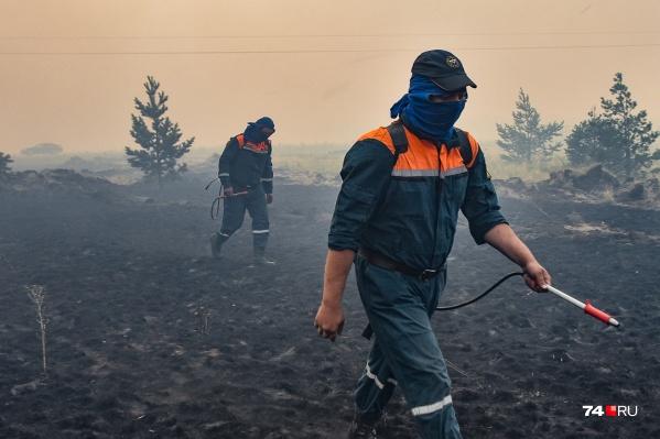 Во время ЧС на юге Челябинской области не у всех сотрудников МЧС были даже респираторы