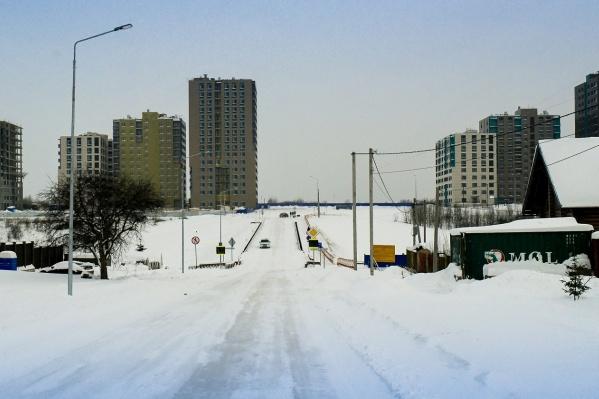 Новая улица Лесная находится в микрорайоне Ива. Здесь в последние годы появилось много новостроек