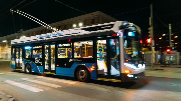 После концерта Artik & Asti омичей развезут домой на 30 автобусах и троллейбусах