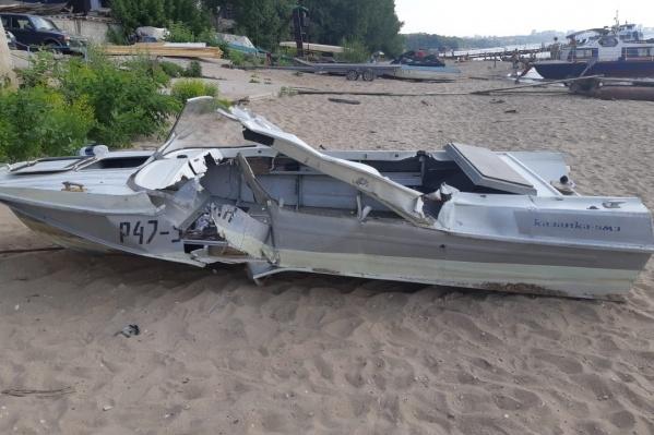 После столкновения «Казанка» затонула