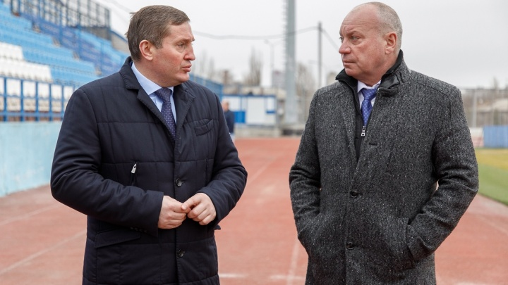 Экс-главу администрации решили пожизненно признать почетным гражданином Волгограда