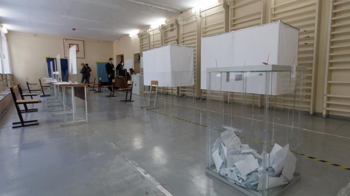 В Волгограде с избирательного участка удалили члена комиссии с коронавирусом