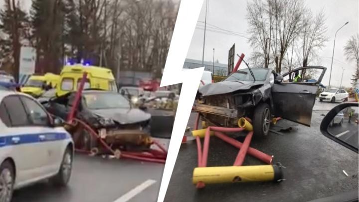 Жесткое ДТП на Червишевском тракте: столкнулись пять автомобилей. Сейчас там пробка в два километра