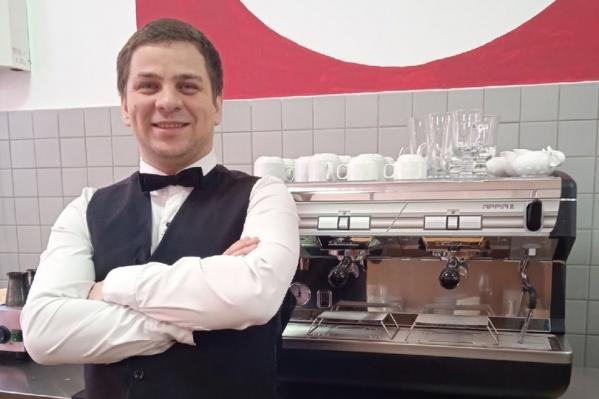 Максим Лозин — бывший детдомовец, который смог сам построить свою жизнь