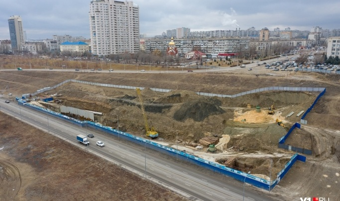 С понедельника до двух полос сузят Нулевую Продольную в Волгограде