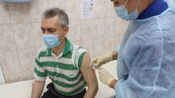 42% жителей Красноярского края отказываются вакцинироваться от ковида
