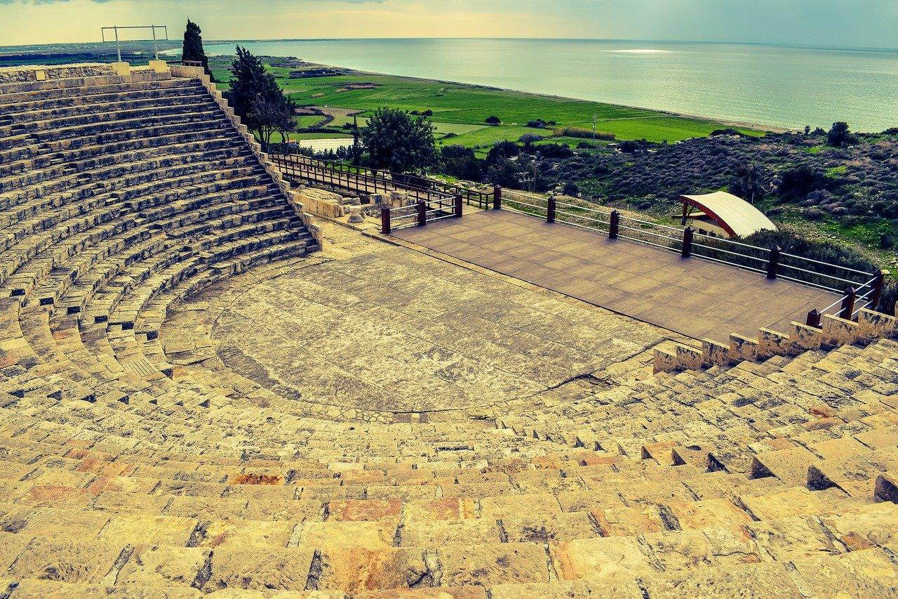 Увидеть Кипр и удивиться. Как остров…