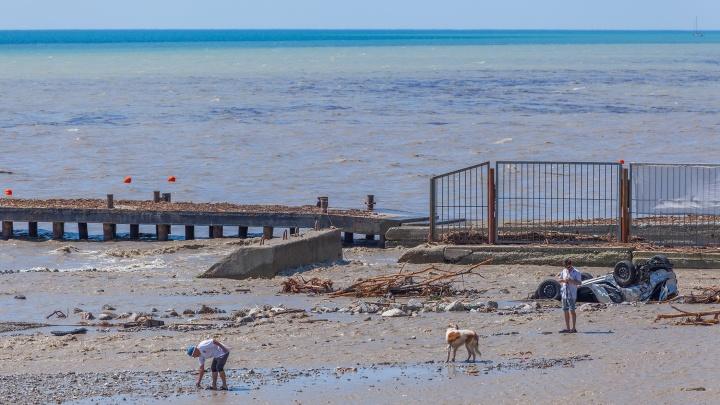 Крым такого не видел 100 лет: стоит ли ехать отдыхать на курорт, переживший стихийное бедствие