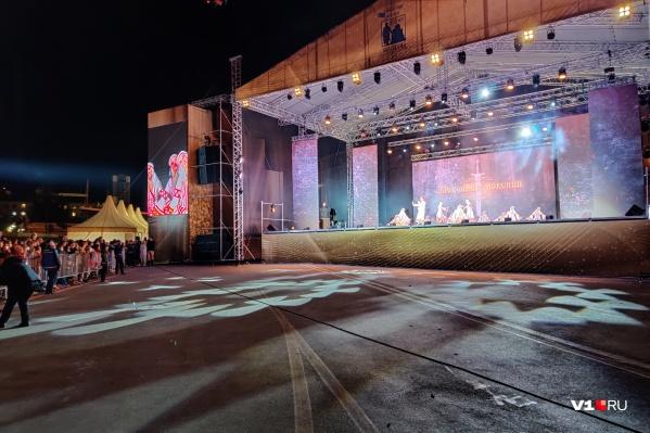 Все песни на концерте посвящены Александру Невскому