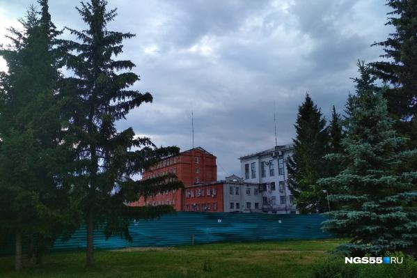 """Из федерального бюджета на реконструкцию здания выделили <nobr class=""""_"""">241 миллион</nobr> рублей"""