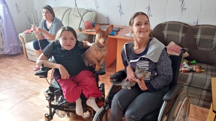 Запутались в бюрократических кругах. Как ялуторовские сироты-инвалиды борются за свое жилье