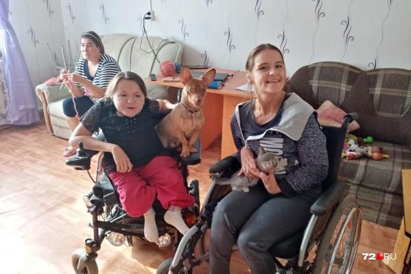 Несколько сирот-инвалидов из Ялуторовска не могут добиться положенного по закону жилья