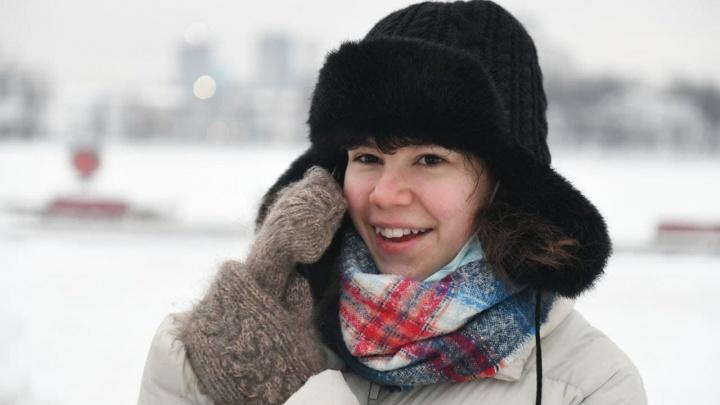 Девочку из Екатеринбурга, которую назвали «лицом протеста», вызвали в полицию