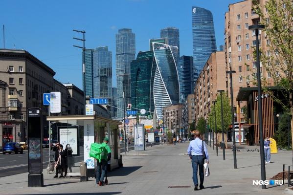 По данным аналитиков, аренда однокомнатной квартиры в Москве в среднем стоит 38,1 тысячи рублей