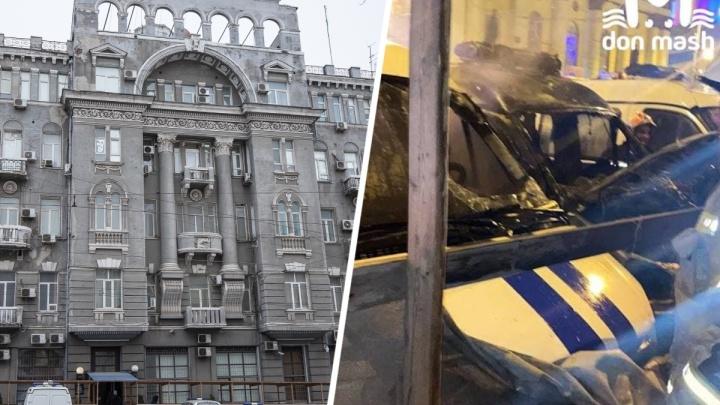 В центре Ростова ночью сгорели две полицейских машины