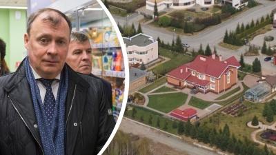 Мэр Екатеринбурга Алексей Орлов купил в ипотеку дом по соседству с Алтушкиным и Чернецким
