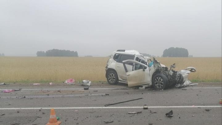 Женщина на «Ниссане» выехала на встречку и погубила себя и пассажира