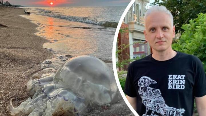 Много медуз и мало приезжих: журналист с Урала рассказал об отдыхе на Азовском море