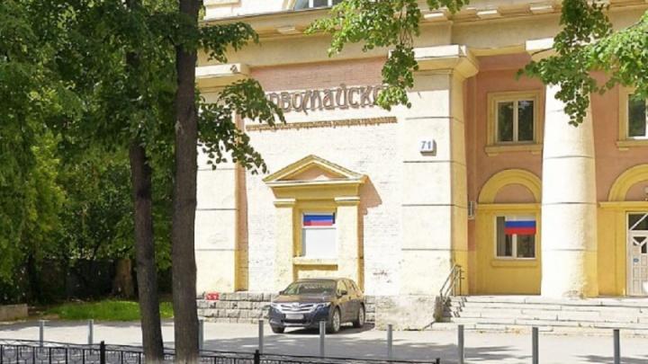 В Екатеринбурге отреставрируют 70-летнее здание бани на Первомайской