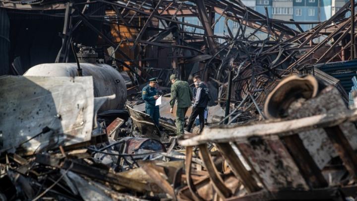 Число пострадавших при пожаре на ГБШ выросло до 16. Среди них двое пожарных