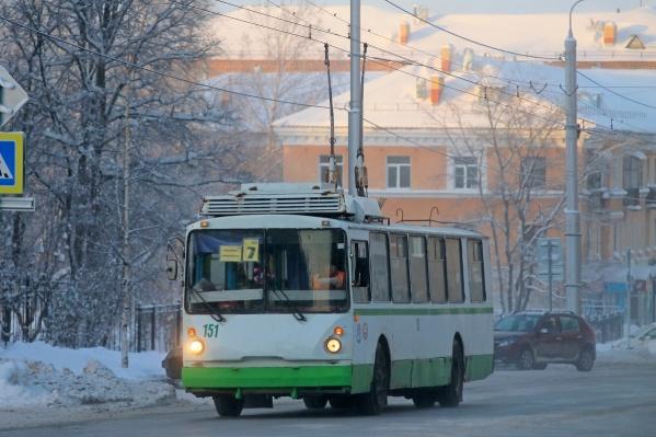 В отличие от Перми, в Березниках ездят троллейбусы