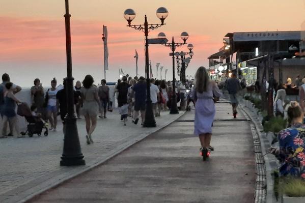 Одиноко гуляющие туристки иногда даже не догадываются, как их оценивают
