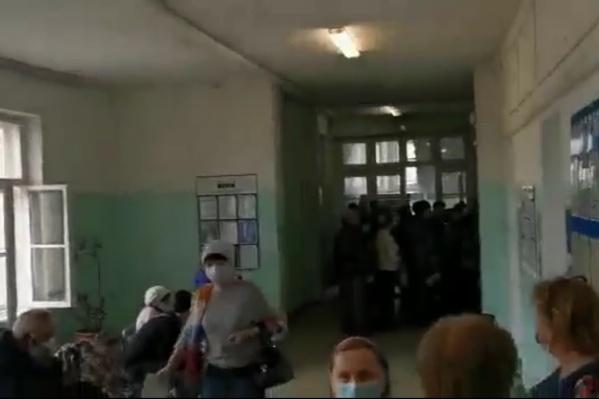 Очереди в поликлиниках возникли из-за тех, кто пришел не в назначенное время