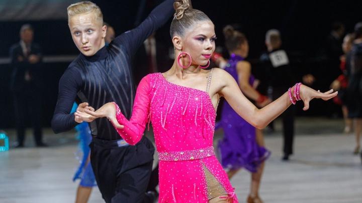 Соревнования по танцевальному спорту «Беломорские ритмы» объединили в Архангельске 1500 участников