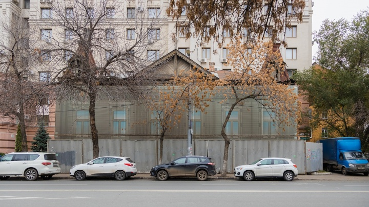 То ли свалка, то ли памятник: появились фото дома Маштакова изнутри