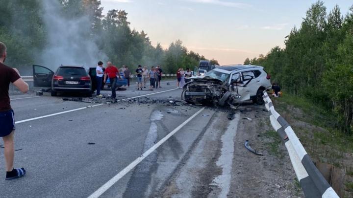Водитель Hyundai выехал на встречную полосу: в ГИБДД рассказали подробности аварии возле Белоярского
