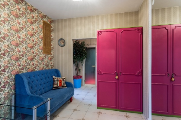 Вы когда-нибудь мечтали о розовом шкафе?