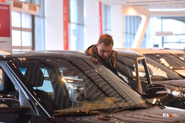 В автосалоне предупреждали о возможных неисправностях машины
