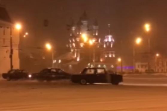 В Ярославле полиция поймала двух дерзких дрифтеров