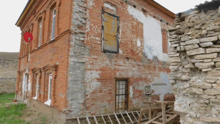 В Башкирии памятник архитектуры XIX века начали ремонтировать без разрешения властей