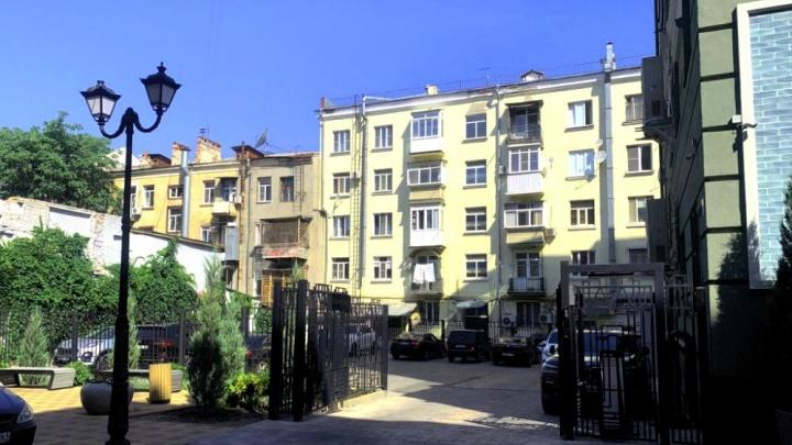 Власти Ростова собрались до конца года сделать в центре первую карусельную парковку