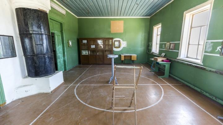 То, что раньше было нормой, сейчас называют подвигом: волгоградец — о темпах ремонта школьных спортзалов