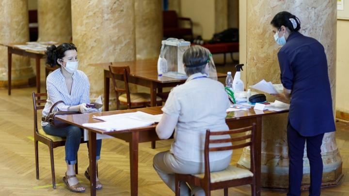 «Многие допускали ошибки»: сторонники волгоградского времени рассказали, как собирали подписи за новый референдум